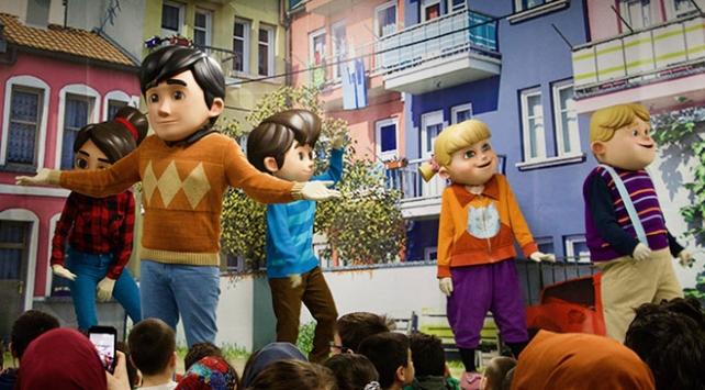 Rafadan Tayfa kahramanları Hollandada çocuklarla buluştu