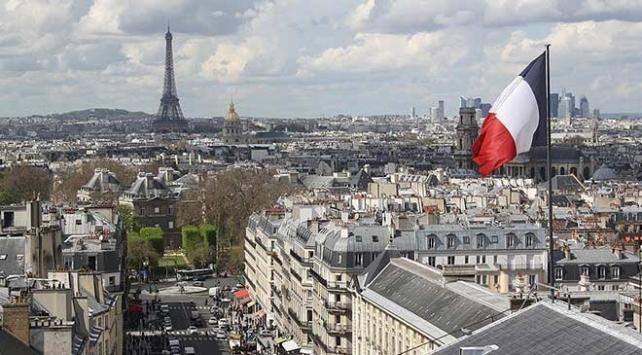 Fransada bir binada yangın çıktı