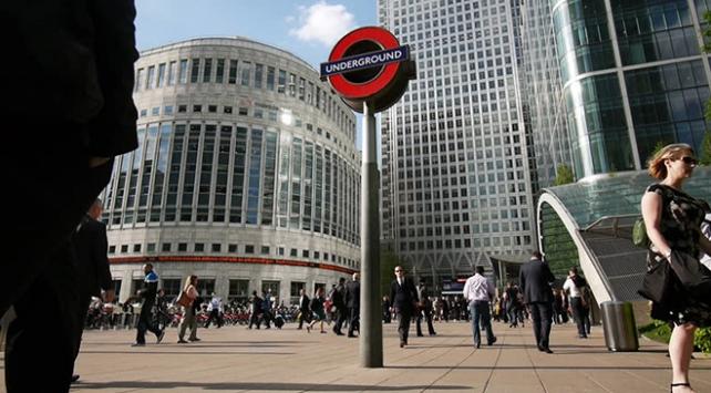 Havayı kirleten araçlar Londranın merkezine ücretle girecek