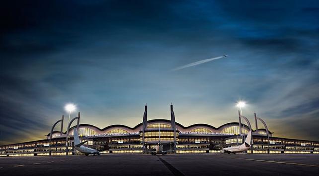 Sabiha Gökçen Havalimanına 3 günde 2 dakikada 1 uçak indi