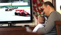 Görme engelli Formula 1 tutkunu