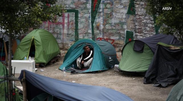 Pariste göçmenler için yeni barınma merkezi