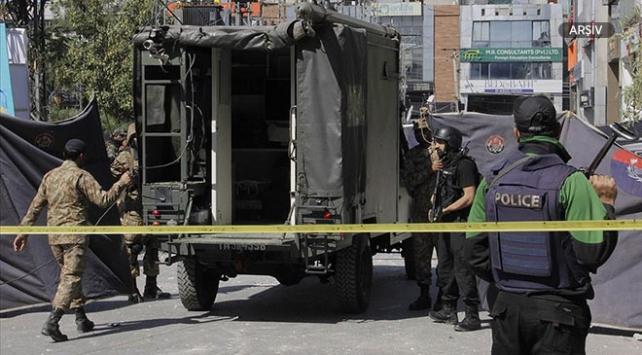 Pakistanda pazar yerine bombalı saldırı: 20 ölü