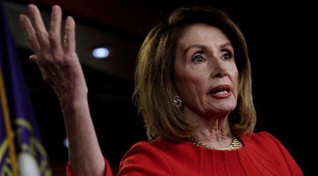 Demokratlar ABDdeki sınır krizi için Trumpı suçluyor