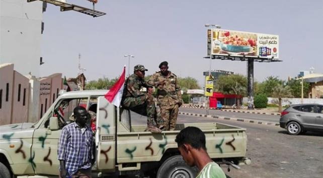 Suudi Arabistandan Sudandaki darbeye destek