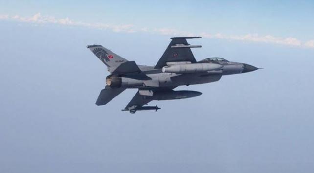 Irakın kuzeyinde terör hedefleri vuruldu