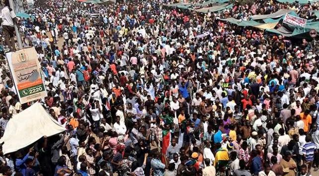 Sudanda siyasi güçlerden bağımsız aday talebi