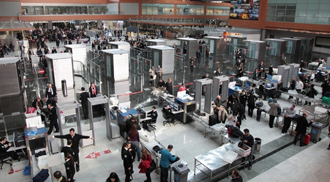 Avrupanın en işlek iç hat uçuşlarında Türkiyeden 4 rota ilk 10da