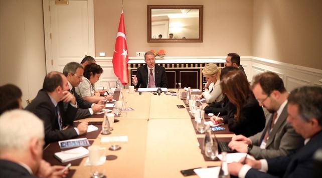 Bakan Akar: S-400ün görevi İstanbul ve Ankaranın savunması olacak