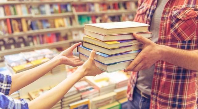 Türkiyede geçen yıl 61 bin kitap yayımlandı