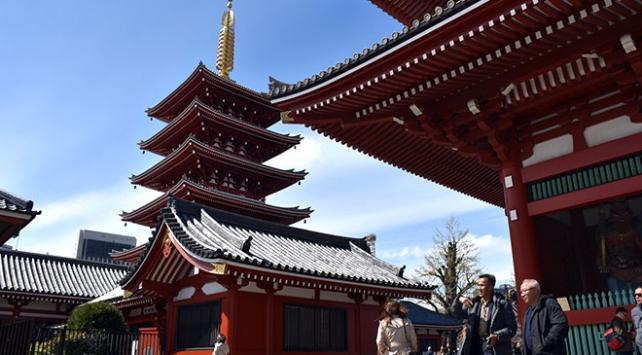 Tokyonun en eski tapınağı: Sensoji