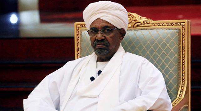 Sudanda devrik lider Ömer el-Beşir hapishaneye nakledildi