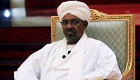 Sudan'da devrik lider Ömer el-Beşir hapishaneye nakledildi