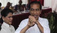 Endonezya'da Widodo yeniden devlet başkanı