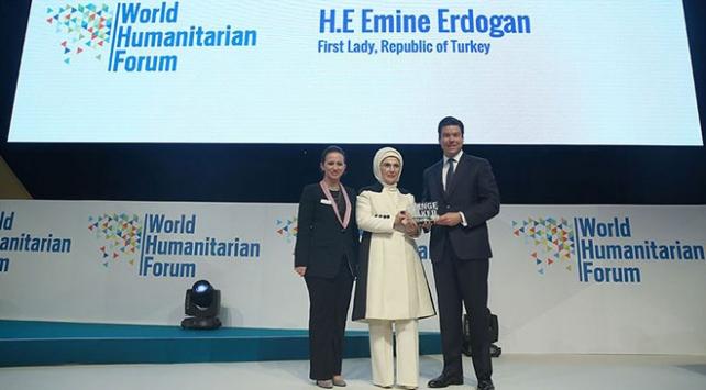 Emine Erdoğana Dünya İnsaniyet Forumundan Fark Yaratan ödülü