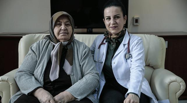 Akciğer tansiyonu hastasına ameliyatsız tedavi