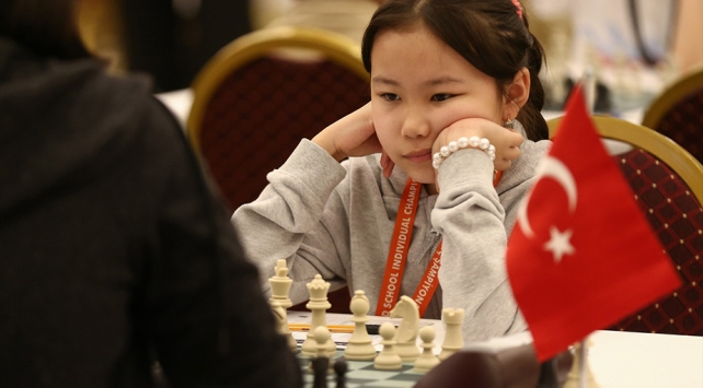 Dünya Okullar Satranç Şampiyonası, Antalyada başladı