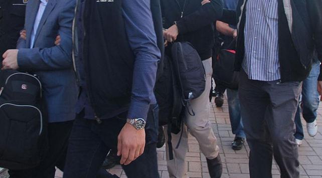 İstanbulda FETÖnün hücre evlerine operasyon: 6 gözaltı