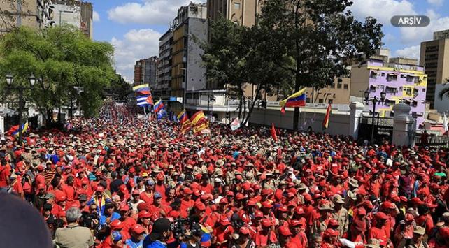 Venezuelada muhalefete 1 Mayısta sokağa çıkma çağrısı