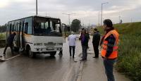 Mersin'de işçileri taşıyan servis devrildi