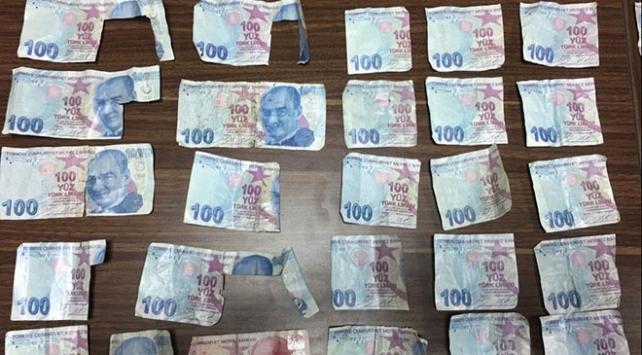 ATMlere sahte para yatırıp bankaları dolandıran şüpheliler yakalandı