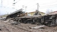 Malatya'da maden yüklü vagonlar, gardaki vagonlara çarptı