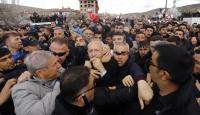 CHP Genel Başkanı Kılıçdaroğlu'na şehit cenazesinde saldırı
