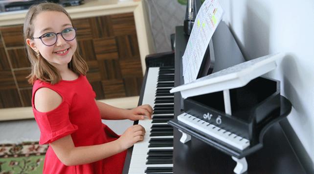Piyanonun parlak çocuğu İtalyadaki yarışmaya hazırlanıyor