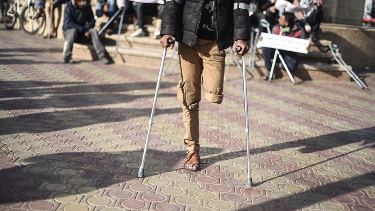 Gazzeli engellilerden protesto