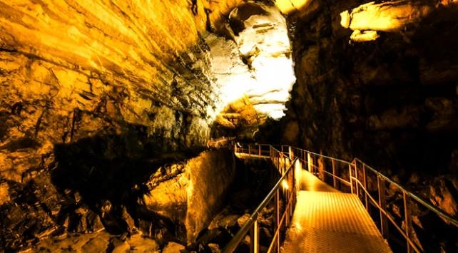 Torosların doğa harikası: Tınaztepe Mağarası