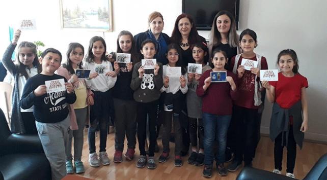 PTT'den çocuklara özel ücretsiz 23 Nisan kartı
