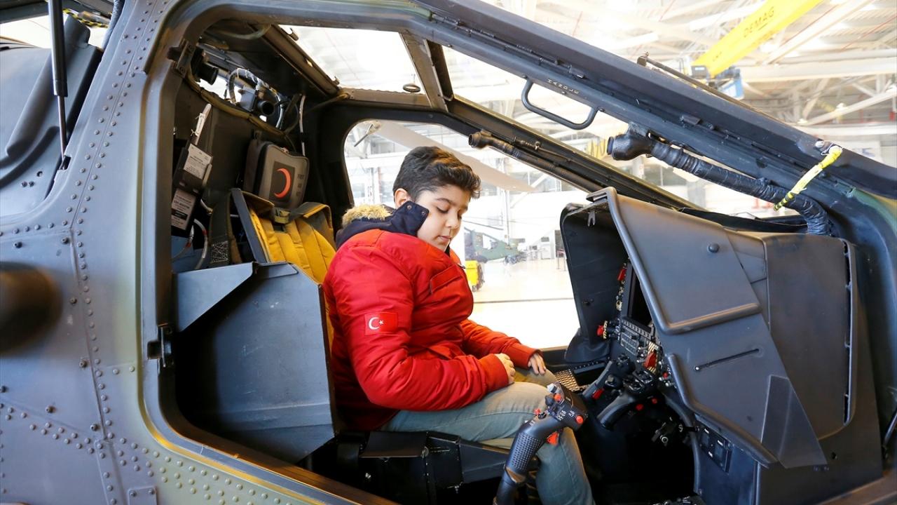 Başarılı öğrenciler Türk Havacılık ve Uzay Sanayiini gezdi