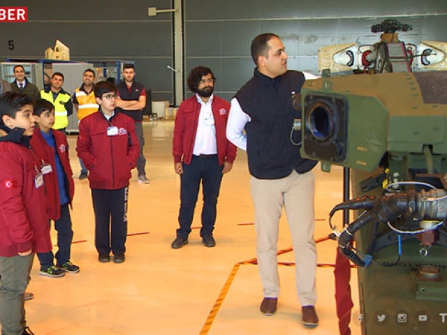 Başarılı öğrenciler Türk Havacılık ve Uzay Sanayii'ni gezdi