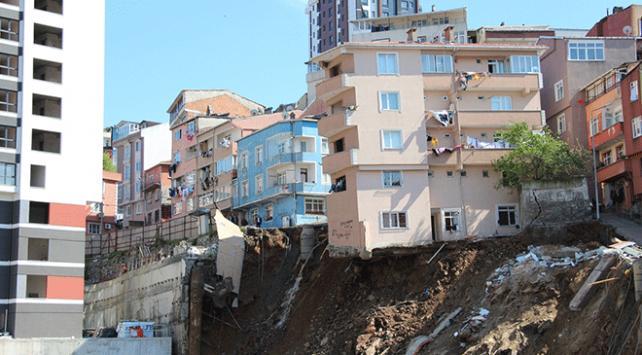 Kağıthane Belediye Başkanı Mevlüt Öztekin: 21 binayı tedbiren boşalttık