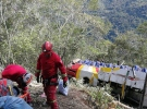 Bolivya'da yolcu otobüsü uçuruma yuvarlandı: 25 ölü