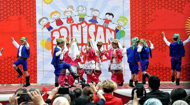 Dünyada 23 Nisan Ulusal Egemenlik ve Çocuk Bayramı coşkusu
