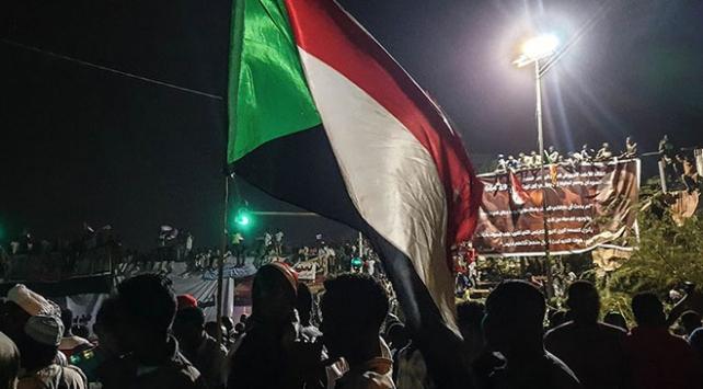 Sudanda gösteriler 18. gününde de sürdü