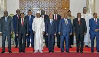 Afrika Birliği Sudan'daki askeri yönetime verdiği süreyi uzattı