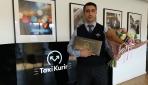 İsveçte kahraman ilan edilen Türk taksici ödüllendirildi