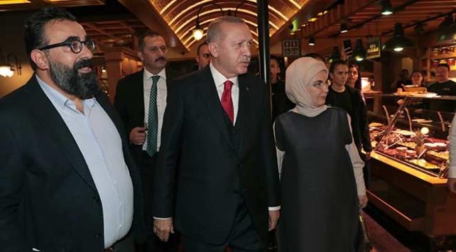 Cumhurbaşkanı Erdoğan İstanbulda vatandaşlarla sohbet etti
