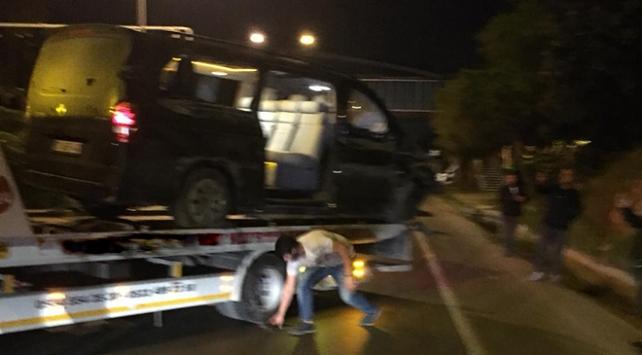 Alanyasporlu futbolcuları taşıyan minibüs devrildi: 7 yaralı