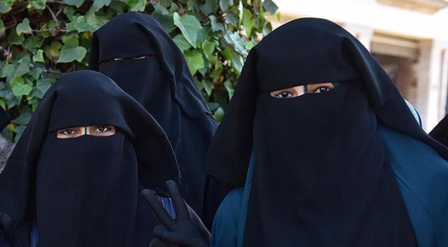 Sri Lankada burka yasaklandı