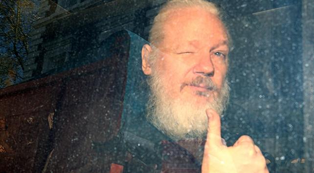 Wikileaksin kurucusu Julian Assangea 50 hafta hapis cezası