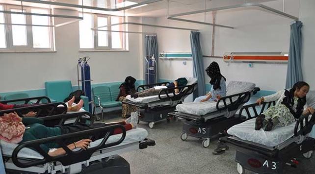 Gaziantepte tarım işçilerini taşıyan kamyonet devrildi: 22 yaralı