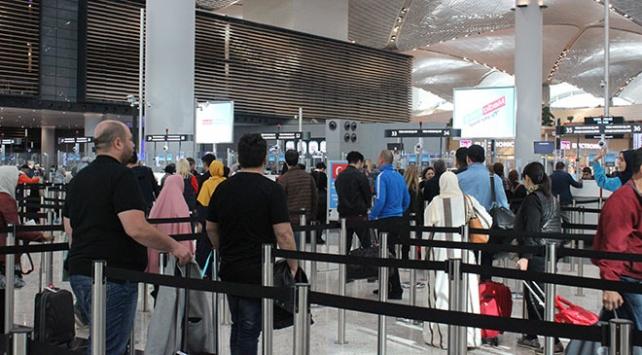 İstanbul Havalimanını nisanda 4 milyondan fazla yolcu kullandı