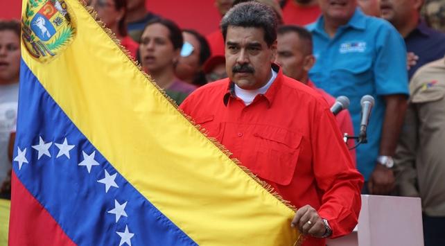 Maduro: ABDye karşı elimizde silahlarla her zaman hazır olmalıyız