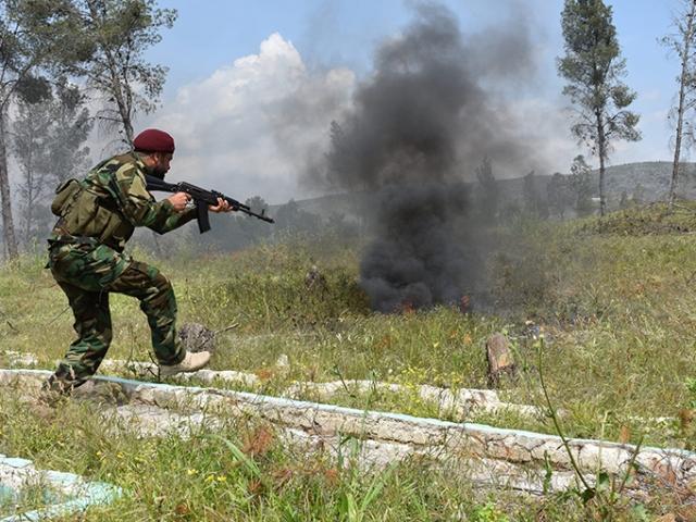Özgür Suriye Ordusu, Maaranaz ve Malikiyye köyünü YPG/PKKdan temizledi