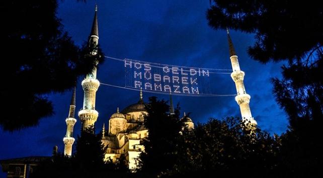 Ramazan ayının ilk teravih namazı bugün