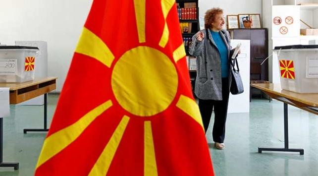 Kuzey Makedonyada cumhurbaşkanlığı seçimlerinin ikinci turu başladı