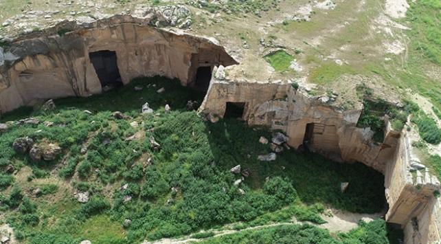 Tarihi ve gizemli yapısıyla Bazda Mağaraları